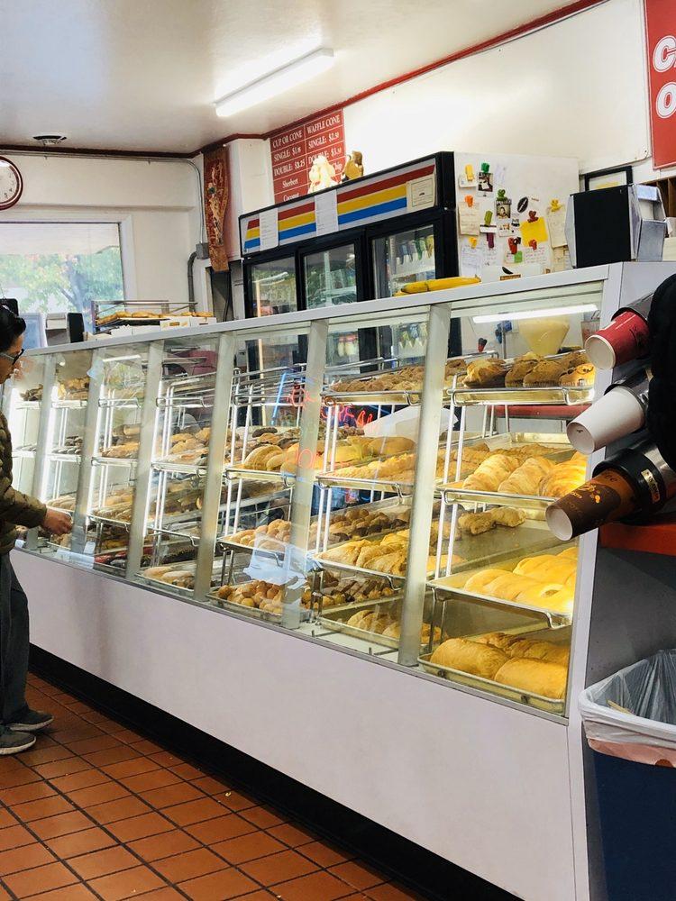 Golden Cream Donut Shop: 911 Lincoln Ave, San Rafael, CA
