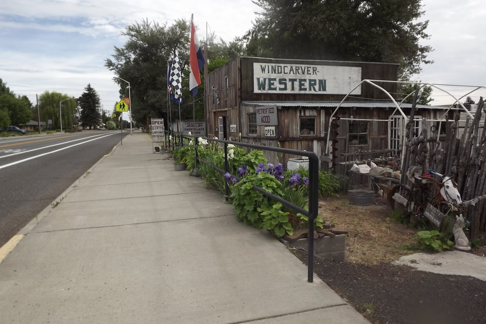 Windcarver Gifts: 101 NE Church St, Grass Valley, OR