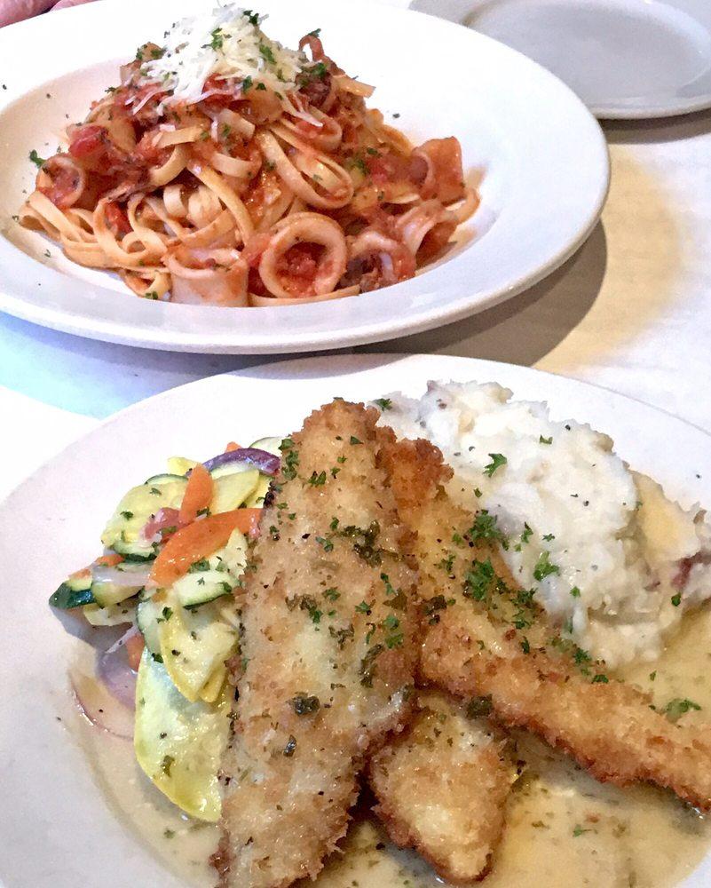 Sarafina's Italian Kitchen: 794 Hwy 4, Arnold, CA