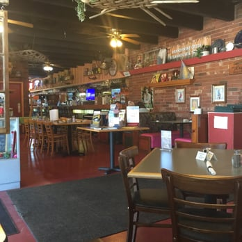Brandywine creek steakhouse tavern closed 39 photos for Dining in newport tn