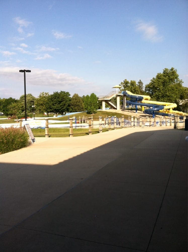 Sholem Aquatic Center: 2205 W Sangamon Dr, Champaign, IL