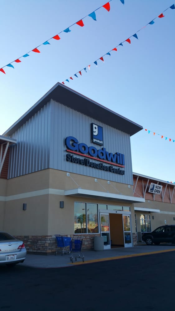 Goodwill Southern Nevada - 18 Photos & 19 Reviews - Thrift ...
