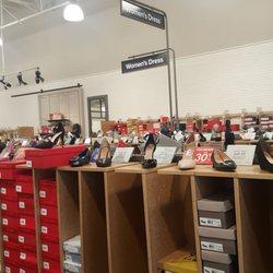 811bf09f4012 DSW Designer Shoe Warehouse - 54 Photos   60 Reviews - Shoe Stores - 2100  North Rainbow Blvd