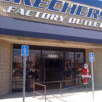 skechers shoe store near me