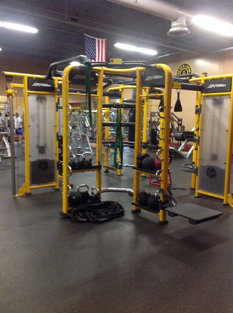 Gold s gym photos reviews gyms one oak st