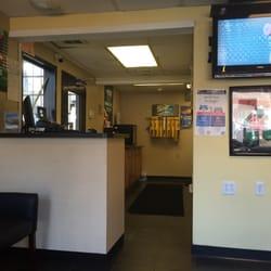 Castrol Oil Change >> Castrol Premium Lube Express 13 Reviews Oil Change