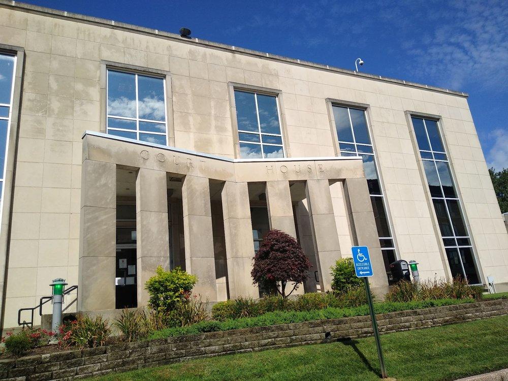Daviess County Court House: 212 St Ann St, Owensboro, KY