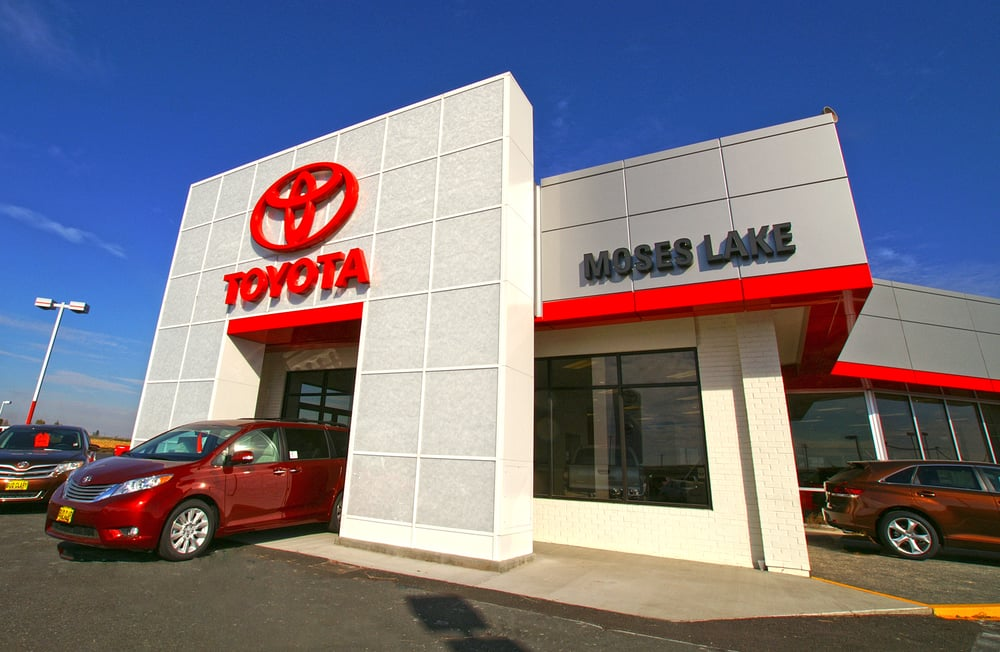 bud clary toyota of moses lake 10 photos 13 reviews car dealers 12056 n frontage rd e. Black Bedroom Furniture Sets. Home Design Ideas