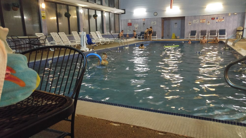 Mariner motor lodge 21 reviews hotels 573 route 28 for Mariner motor lodge yarmouth ma
