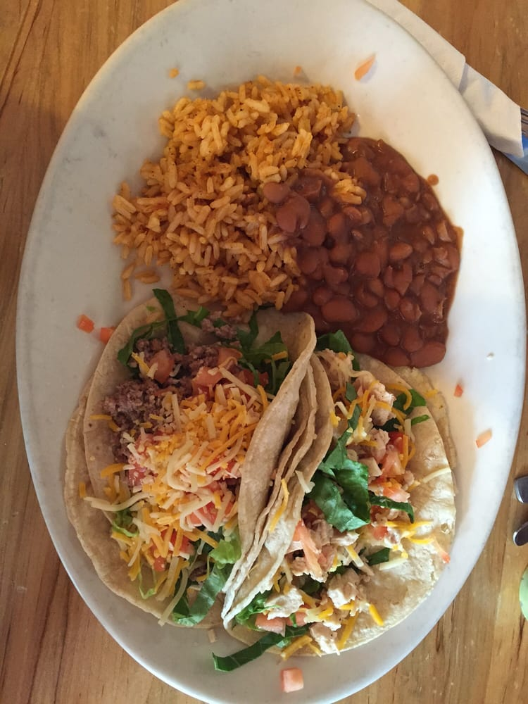 Autentica mexican restaurant 16 31 for Autentica mexican cuisine