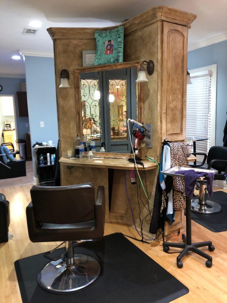 Posh Salon & Spa: 953 Madison Ave, Madison, MS