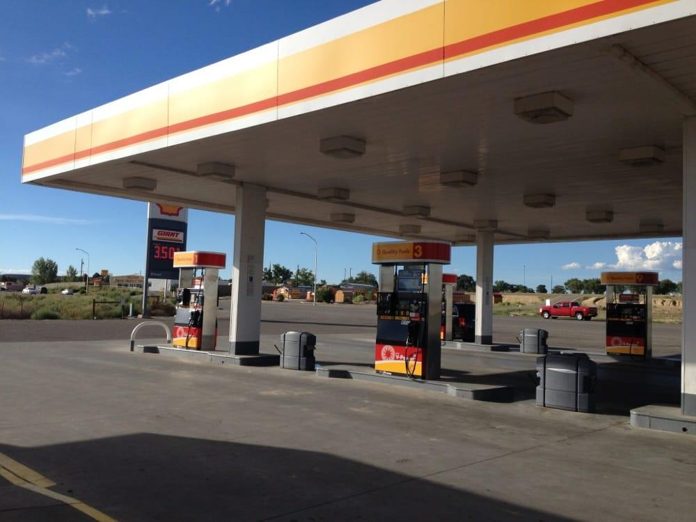Shell Giant: 4151 US 64, Kirtland, NM