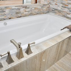 Wondrous Meltini Kitchen And Bath 58 Photos Contractors 711 W Home Interior And Landscaping Pimpapssignezvosmurscom
