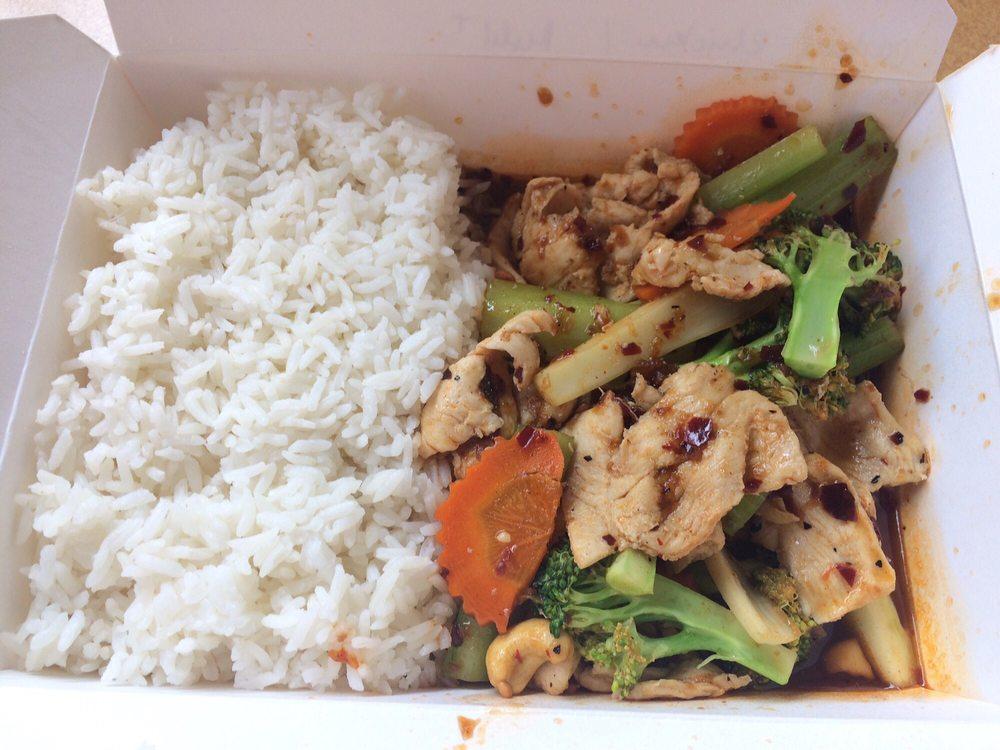 Sutisa Thai Food: 3838 SW Moody Ave, Portland, OR