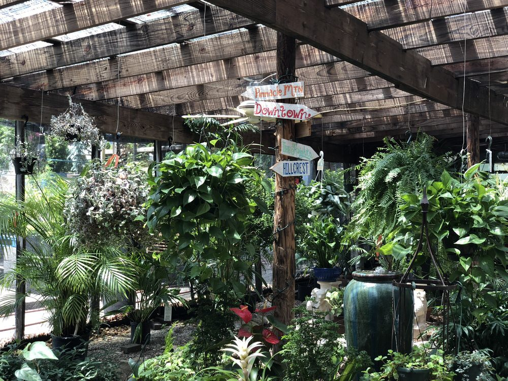 Hocott's Garden Center: 3612 Kavanaugh Blvd, Little Rock, AR