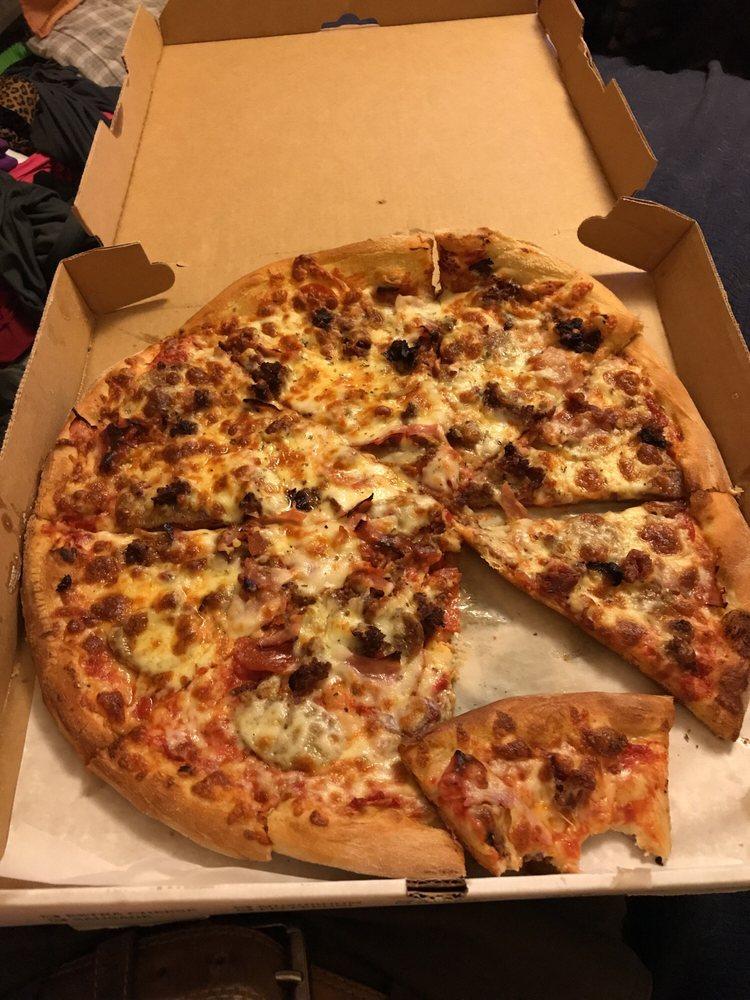 Dimaggio's Pizza III: 1029 W Coal St, Shenandoah, PA