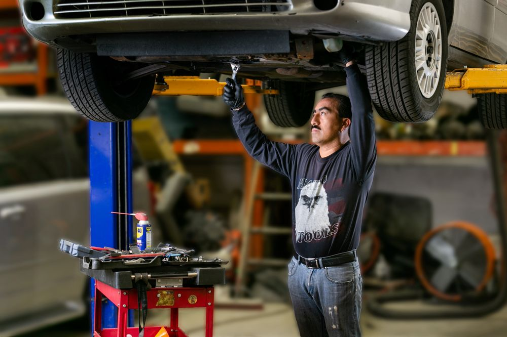 Auto Shop For Rent Near Me >> A Discount Rent A Car 14 Reviews Car Rental 4540 S Commerce Dr