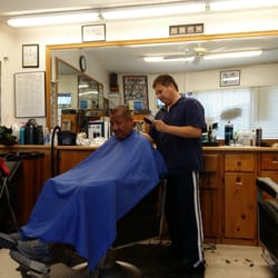 Carlos Barber Shop 28 s & 29 Reviews Barbers