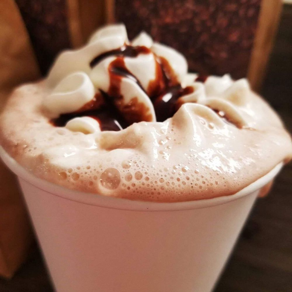 Cupcake Cuties Cafe & Bakery: 8363 N Nc Hwy 109, Winston-Salem, NC