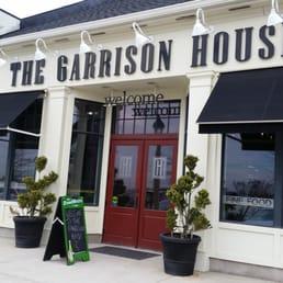 Lake House Restaurant Near Niagara
