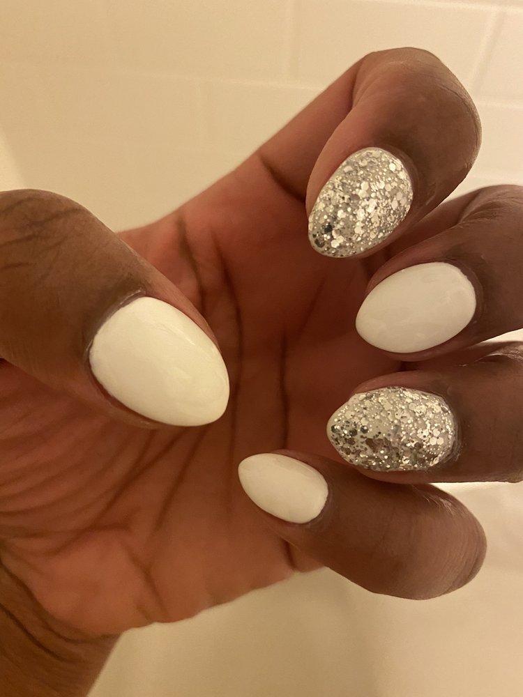 Elegant Nails: 306 Galleria Plz, Beckley, WV