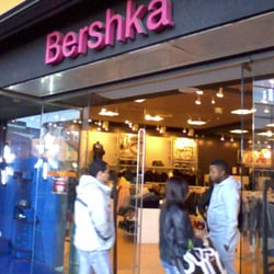 bershka women 39 s clothing centre commercial auchan v2. Black Bedroom Furniture Sets. Home Design Ideas
