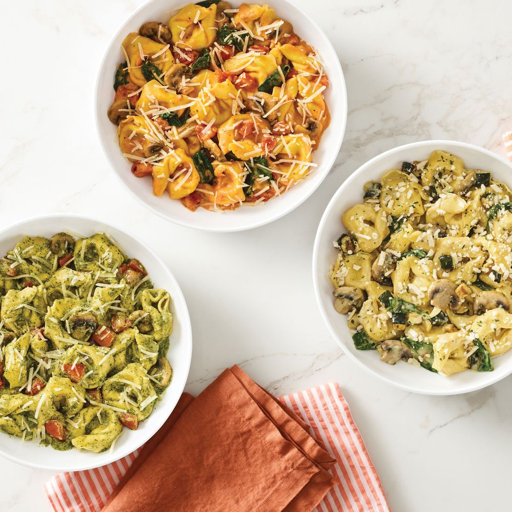 Noodles & Company: 15067 Canada Ave W, Rosemount, MN