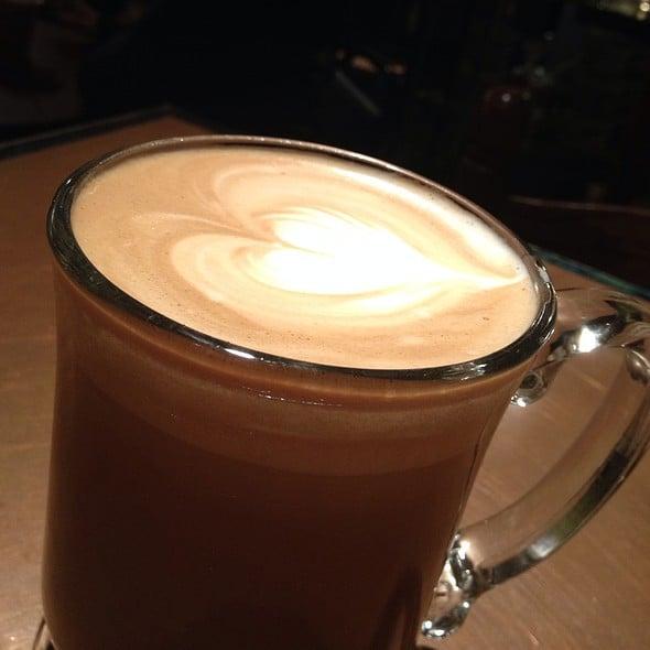 Alexandria La Coffee Shop