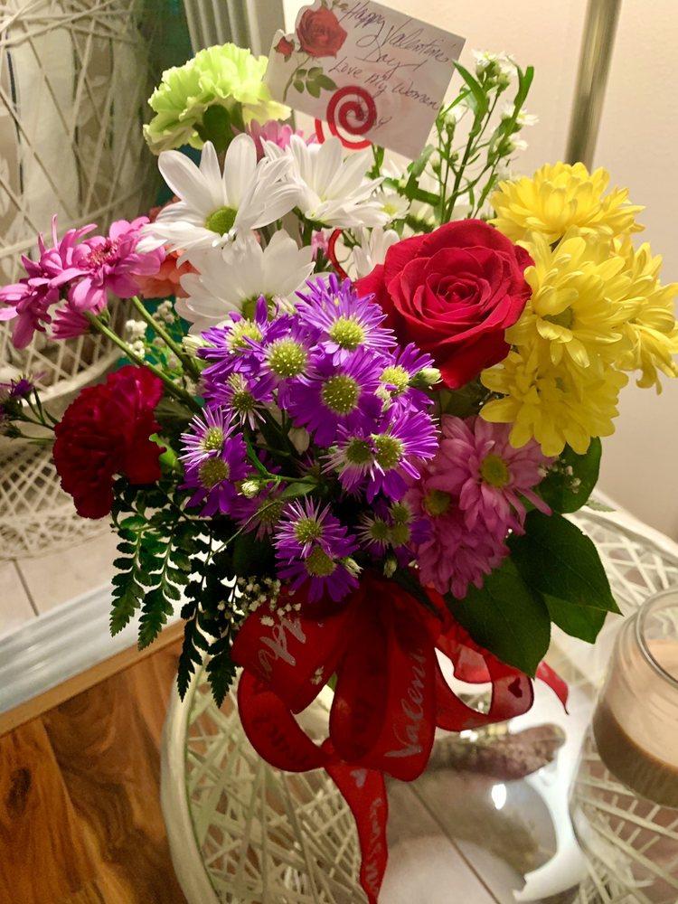 Sandpiper Florist: 231 Crockett Blvd, Merritt Island, FL