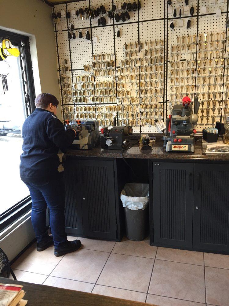 Busy Bees Locks & Keys Schlosser