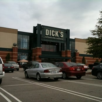18 reviews of DICK'S Sporting Goods