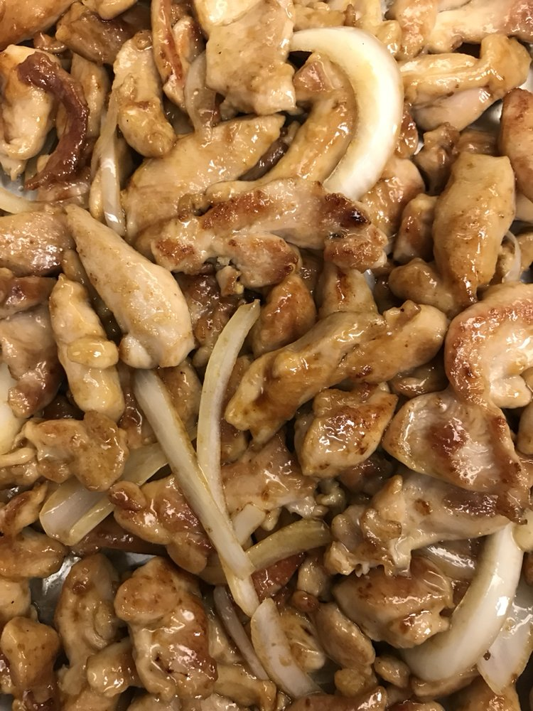 Dragon's Chinese Grill: 109 Lew Dewitt Blvd, Waynesboro, VA