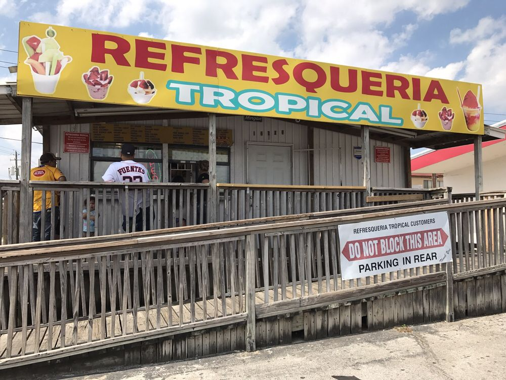 Refresqueria Tropical Market & Federal: 12603 Market St, Houston, TX