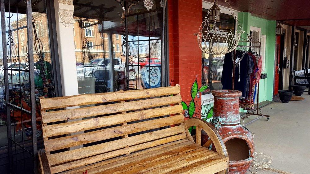 Rustic Gypsy: 420 15th St, Canyon, TX