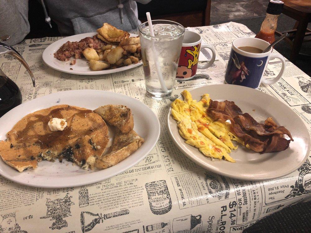 Becky's Diner: 310 Broad St, Waverly, NY