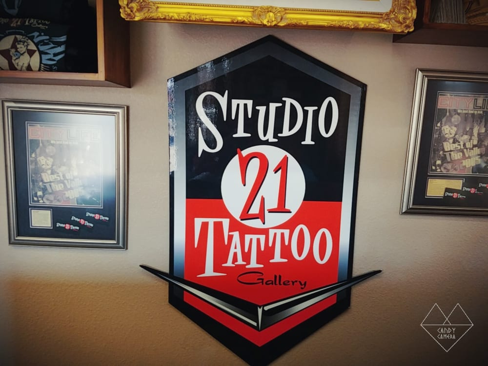 i looked around few tattoo parlors and this place was the