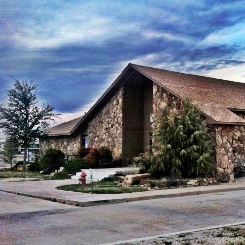 Western Prairie Veterinary Hospital: 311 E Tamarack Rd, Altus, OK