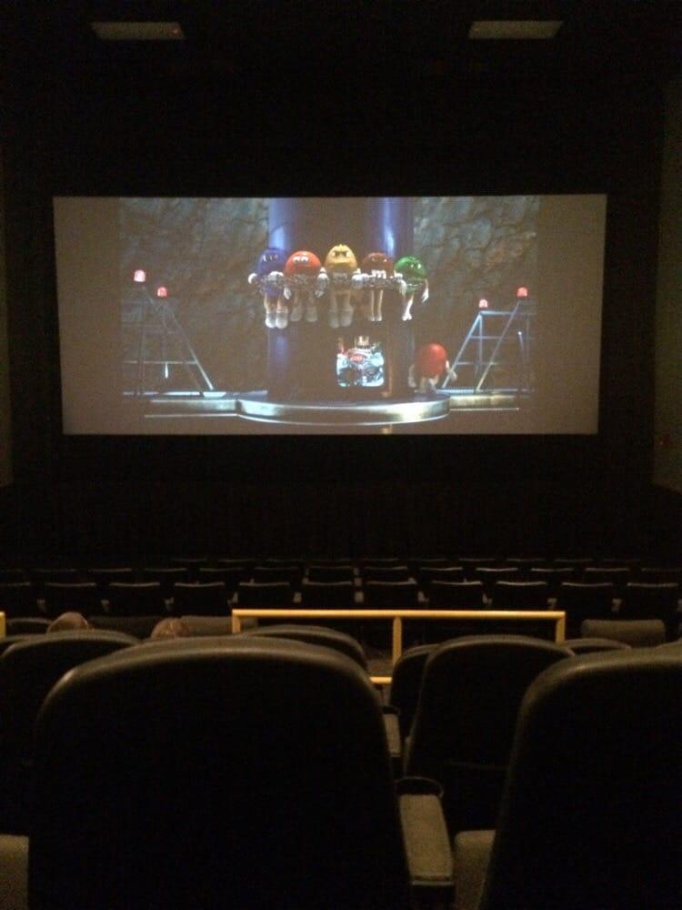 great escape theatres closed 19 reviews cinema 103