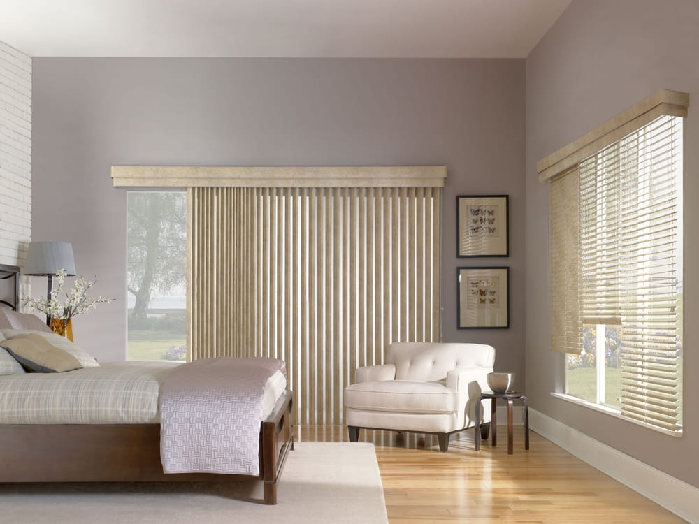 A Mix Of Vertical And Horizontal Faux Wood Blinds Feature