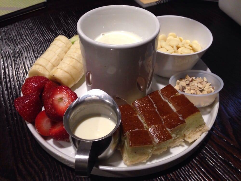 Chocolate Fondu Hazelnut White Chocolate With