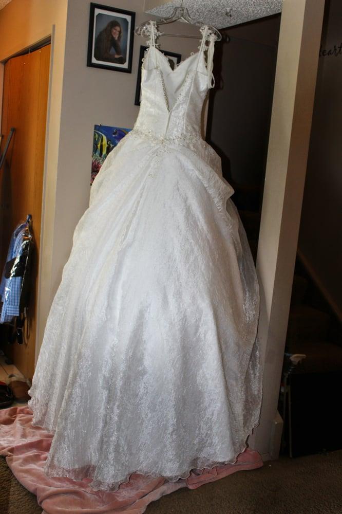 Echo Evenings& Bridal - 13 Photos - Bridal - 225 7th Avenue SW ...