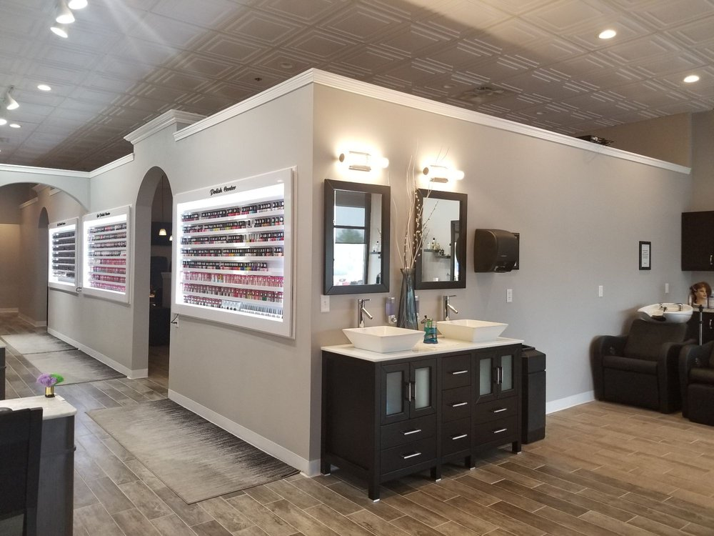 Divine Nails And Hair Spa: 70 Worcester Rd, Webster, MA