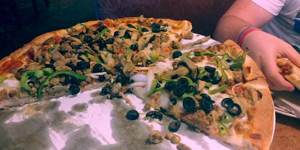 Giorgio's Restaurant and Pizza: 502 S Poplar St, Elizabethtown, NC