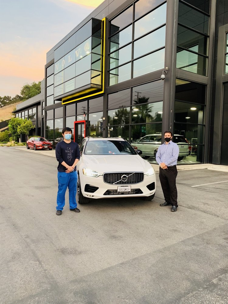 Bob Smith Volvo Cars: 24400 Calabasas Rd, Calabasas, CA