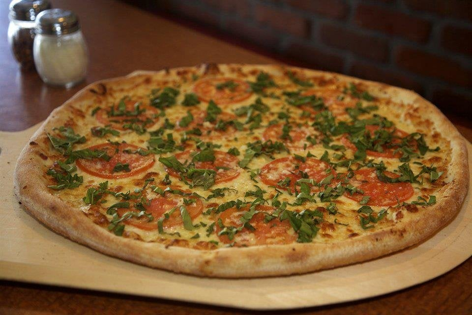 Flippin Pizza Long Beach