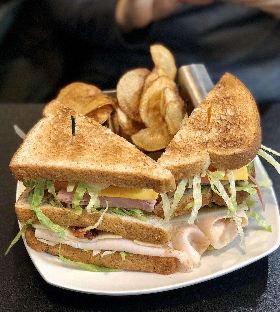 Family Table Cafe: 3343 Auburn Rd, Auburn Hills, MI