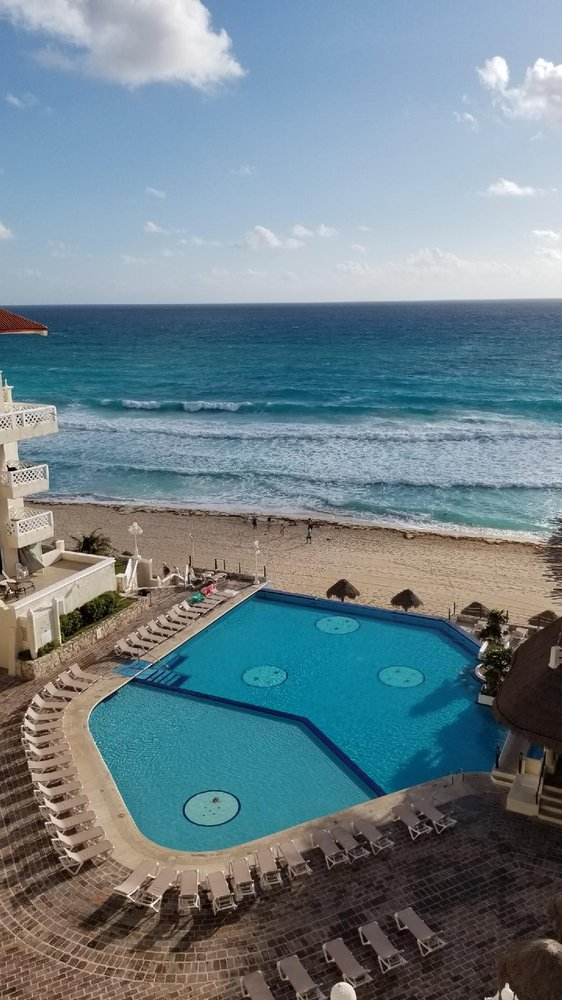 First And Second Quarter 2016 Bsea >> Bsea Cancun Plaza Hotel 12 Photos Hotels Blvd Boulevard