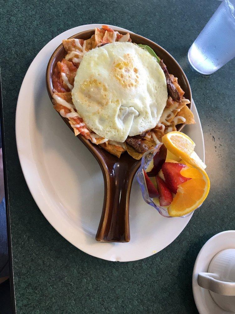 Jerry's Cafe: 935 4th St, Beloit, WI