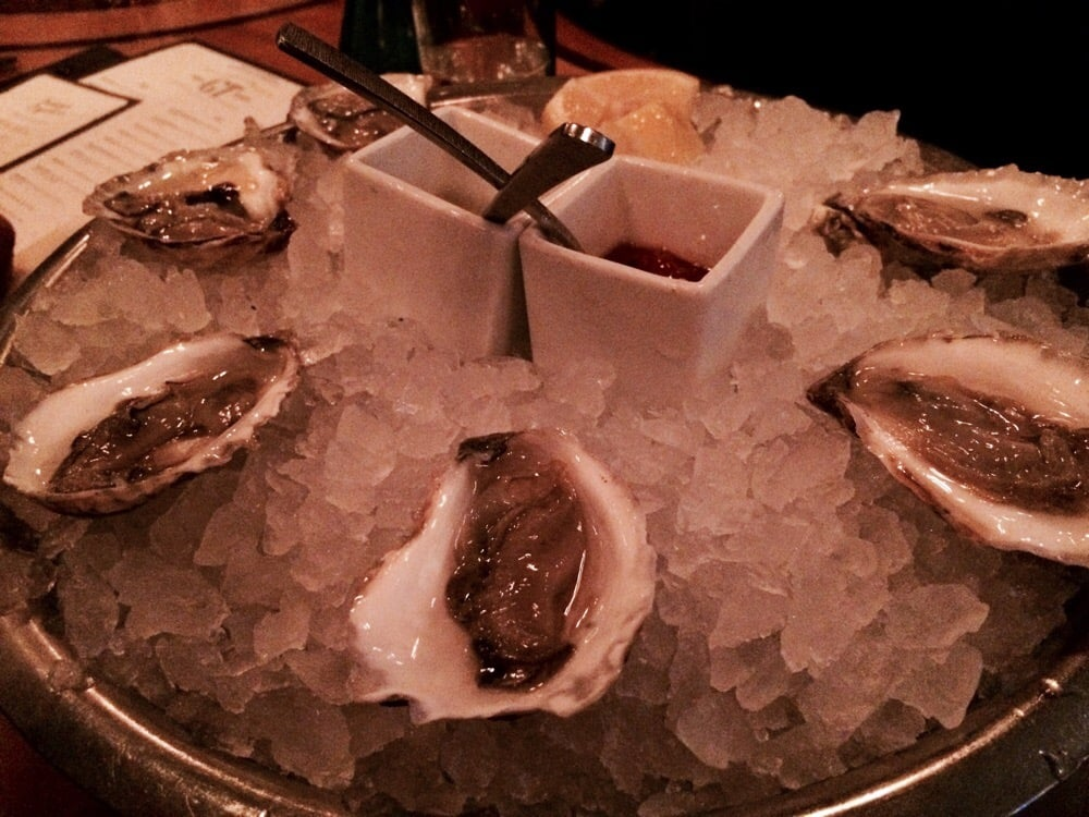 Montuak oysters awesome yelp for Gt fish and oyster chicago