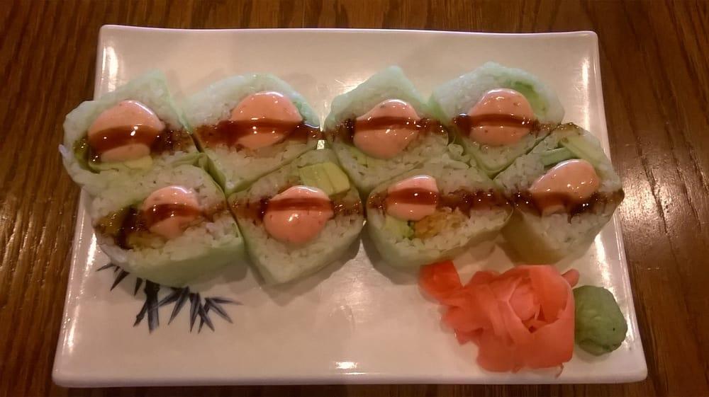 Shrimp tempura roll with avocado yelp for Kona fish market